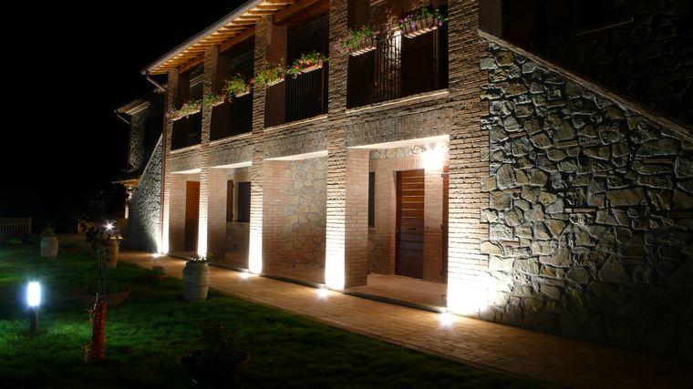 Illuminazione esterna casa idee per la casa douglasfalls